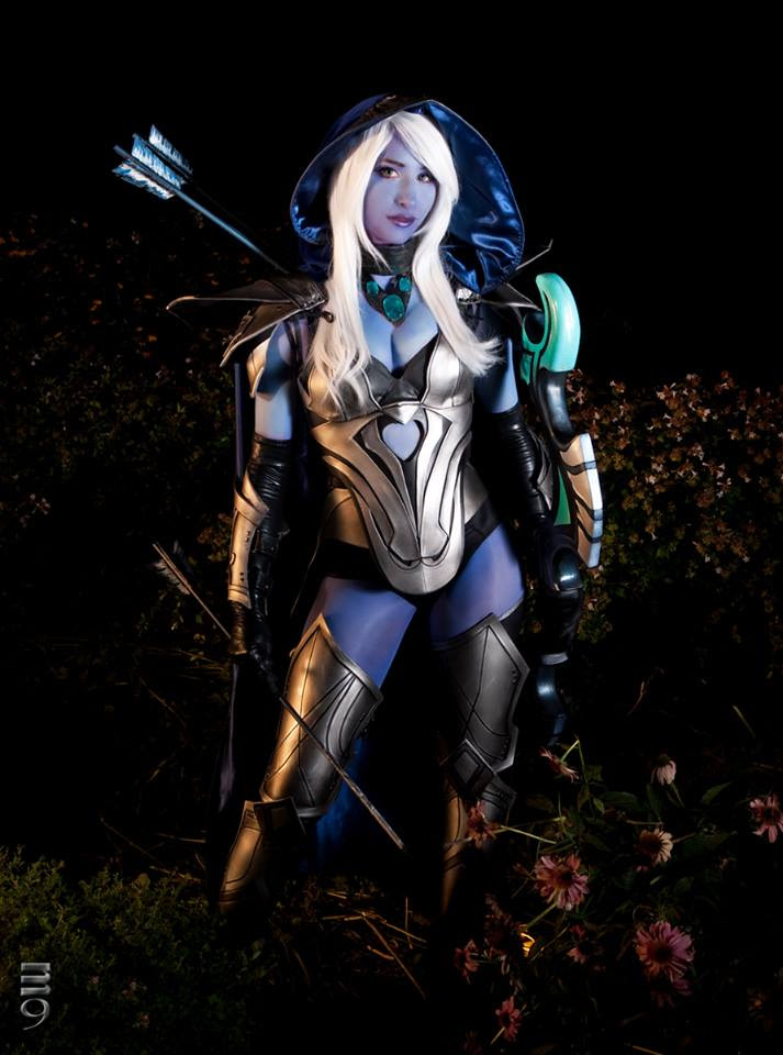 Bindi Smalls Dota 2 Drow Ranger Cosplay